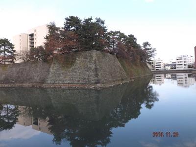 福井城・内堀