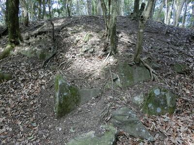 本丸隅部の石垣跡