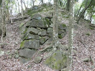 本丸南側の石垣隅部