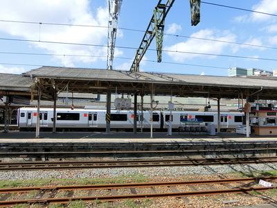 吉野ヶ里方面へ向かう電車