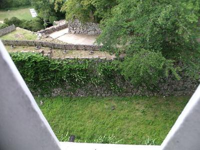 西の丸三重櫓から大堀切