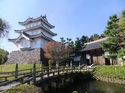 三階櫓と東門