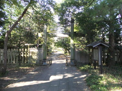 東小路の冠木門