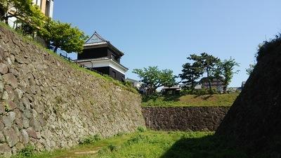 鬼門櫓と石垣