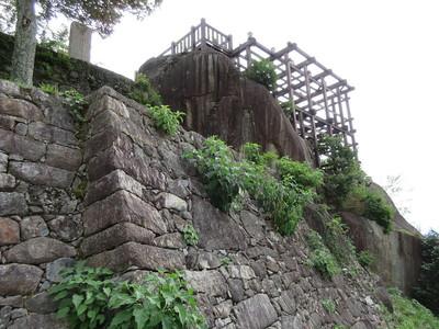 本丸石垣と天守台