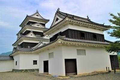 天守と台所櫓(南東側)