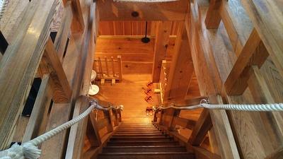 三重櫓二階面より一階を見る