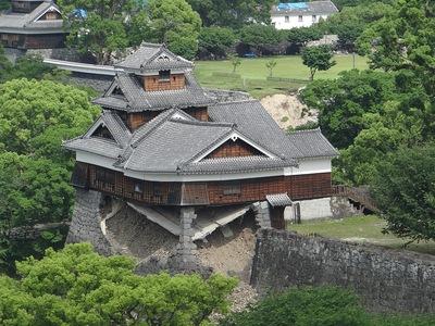 飯田丸五階櫓(市役所展望ロビーから)