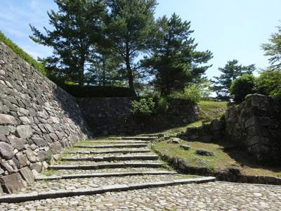 筒井城跡付近の石垣其の参