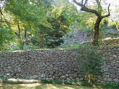 東の丸東面石垣