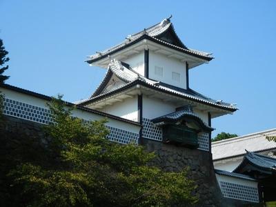 三の丸東面から見た石川櫓