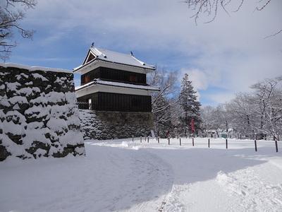 西虎口櫓門跡と西櫓
