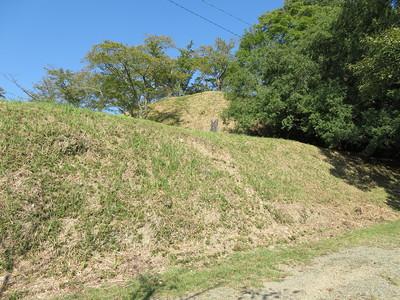 三番櫓跡から二番櫓跡、乾櫓跡