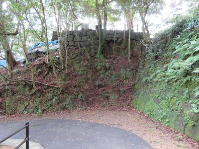 三階櫓跡石垣