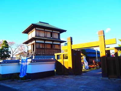 本丸櫓と冠木門