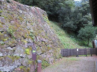 三之丸御殿付近の石垣