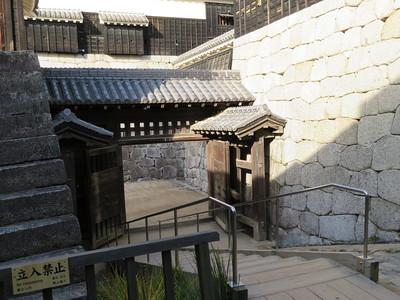 一ノ門(城内側から)