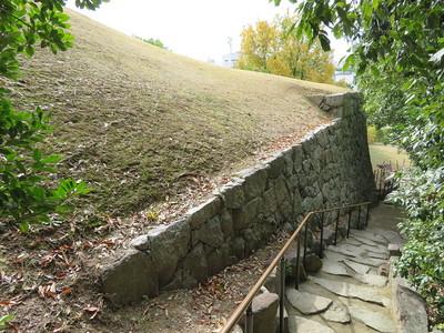 東登石垣の櫓台