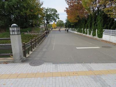 東御門土橋
