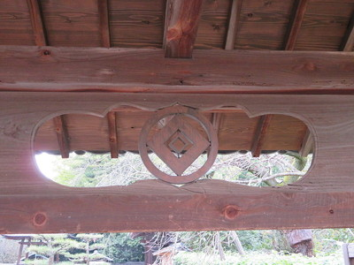 御霊屋門(佛心寺)家紋の透かし彫り