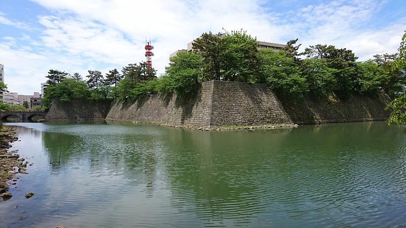 お堀と石垣[福井城]