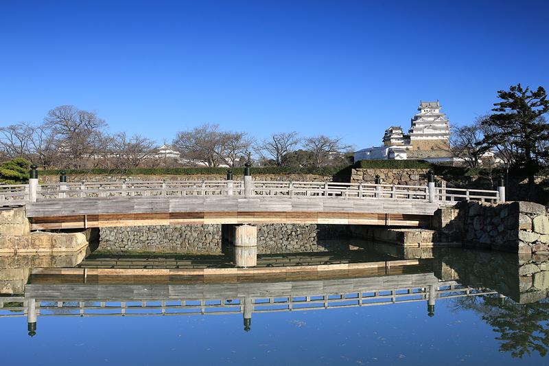 休城日の桜門橋