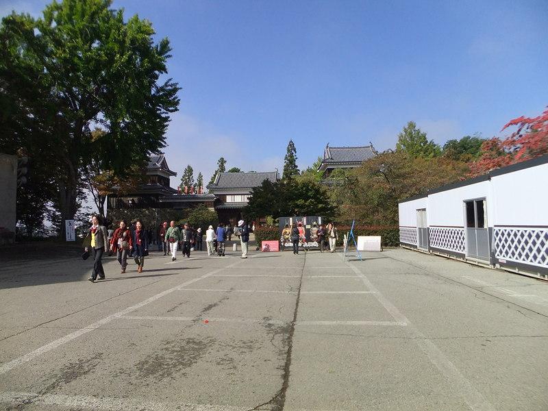 本丸東虎口櫓門、北櫓、南櫓