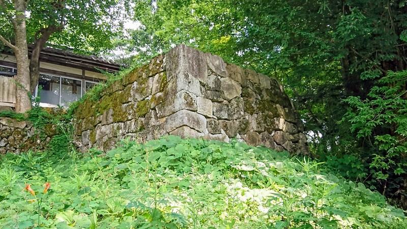 大手門付近の石垣