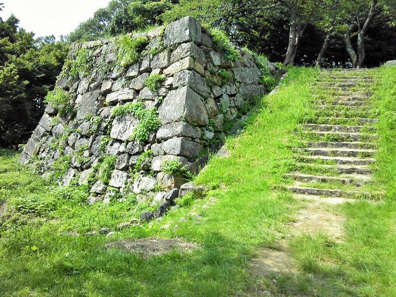 鉄門下の石垣