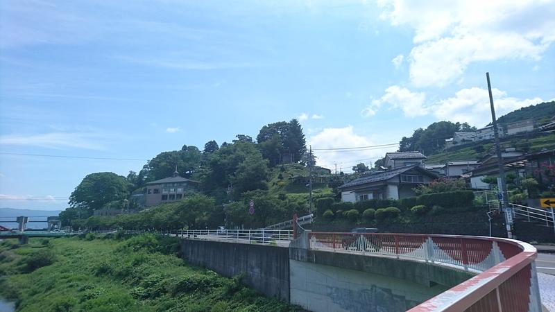城趾遠景(岡谷駅方面より)