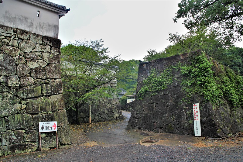 台所口門跡(南側)