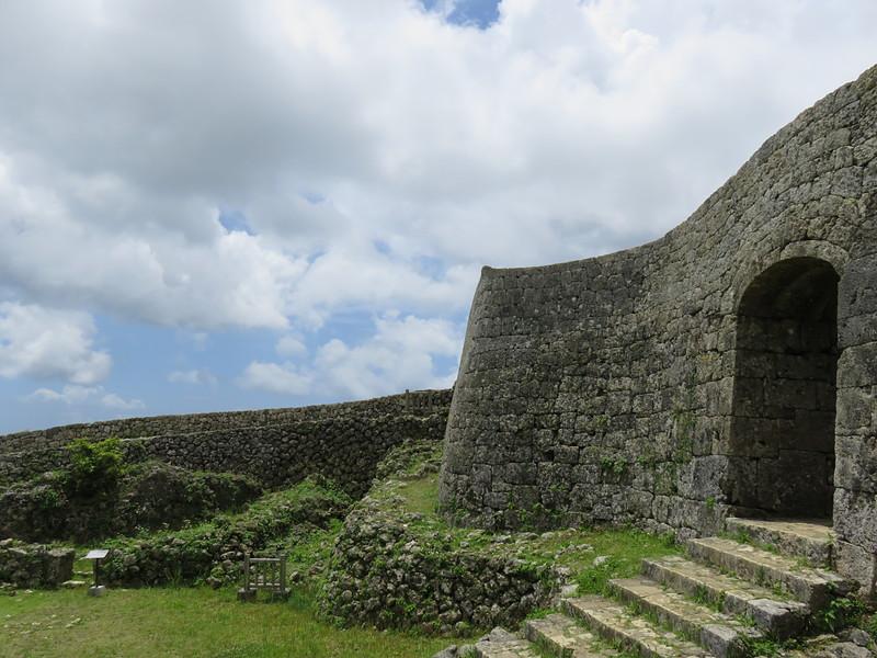 布積み(豆腐積み)一の郭城壁