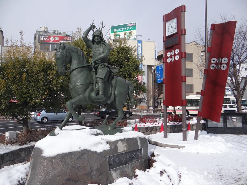 上田駅前の真田幸村像[上田城]