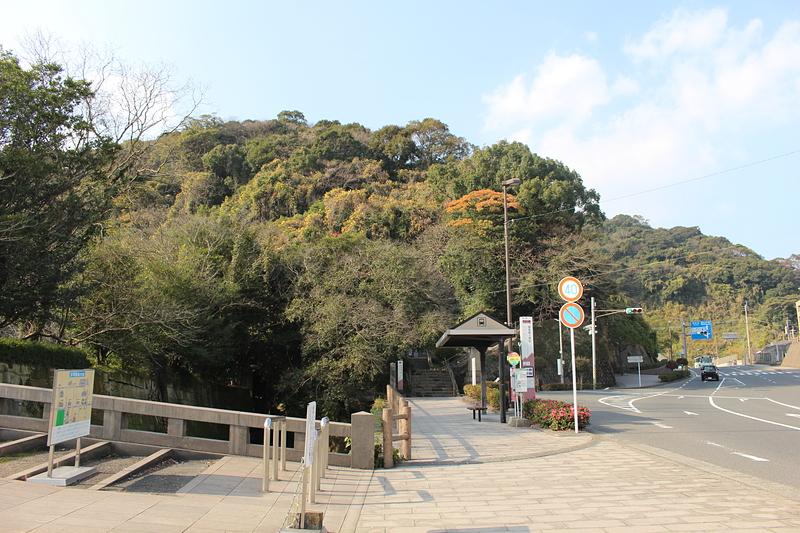 上山城の東の登城口
