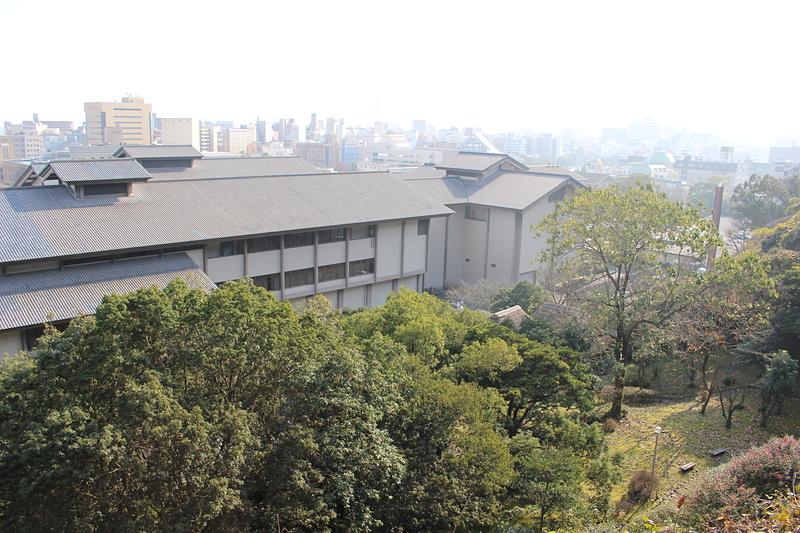 登城路から見た鶴丸城(鹿児島城)