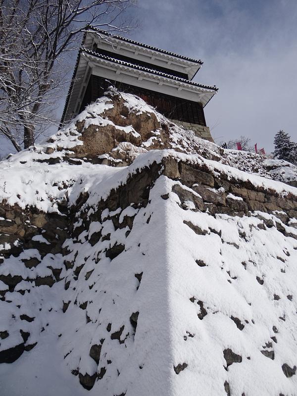 尼ヶ淵から見た西櫓[上田城]