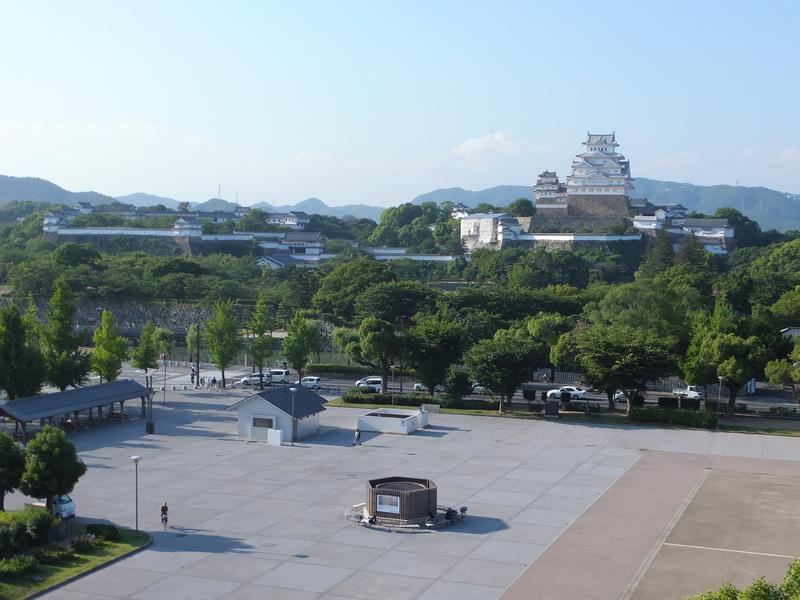 イーグレひめじ屋上より姫路城を望む