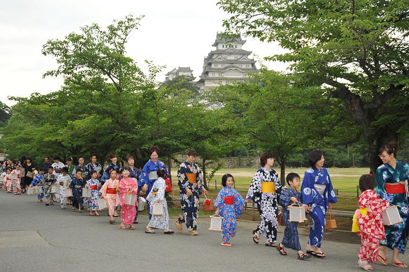 ゆかた祭り(姫路城)