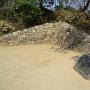 公園内の古い石垣