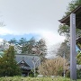 城趾標柱と山門