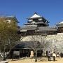 本丸広場からの二ノ門南櫓と大天守(重要文化財)