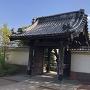 本覚寺山門(内側)