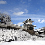 雪の石川門[提供:金沢市]