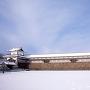 菱櫓・五十間長屋・橋爪門続櫓(冬)[提供:金沢市]