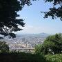 本丸から八幡山(観音寺・安土城址)方面を望む