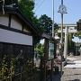 横の天満神社です。