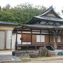 市内の温泉寺に移築された能舞台