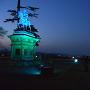 正宗公像と仙台の夜景