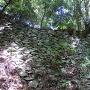 七つ井戸上部の石垣