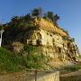 村上城の城塁(この付近に駐車スペースあり)